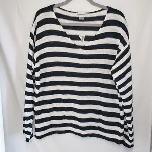 Chico's black & white stripe 100% linen knit top